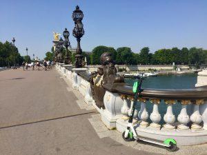 Trottinettes électriques à Montréal: on a testé Lime en France
