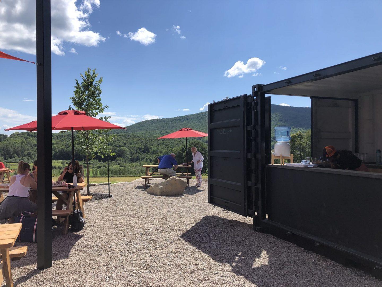 Nouvelle terrasse ouverte depuis juillet 2020 à La Ferme